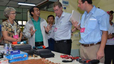 Representanter for Digni, ADRA, Strømmestiftelsen og Caritas besøkte tre ulike yrkesfagskoler i Myanmar for å inspireres til å komme opp med en felles utdanningsmodell. Foto: Miriam Hagen