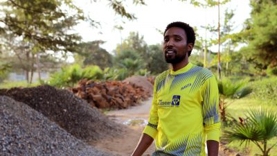 gebreyehew-dejene-representative-of-jinka-hospital-ceo-ethiopia-getting-ready-to-play-football-color-shop